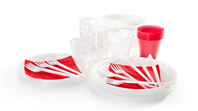 Platos, vasos y cubiertos